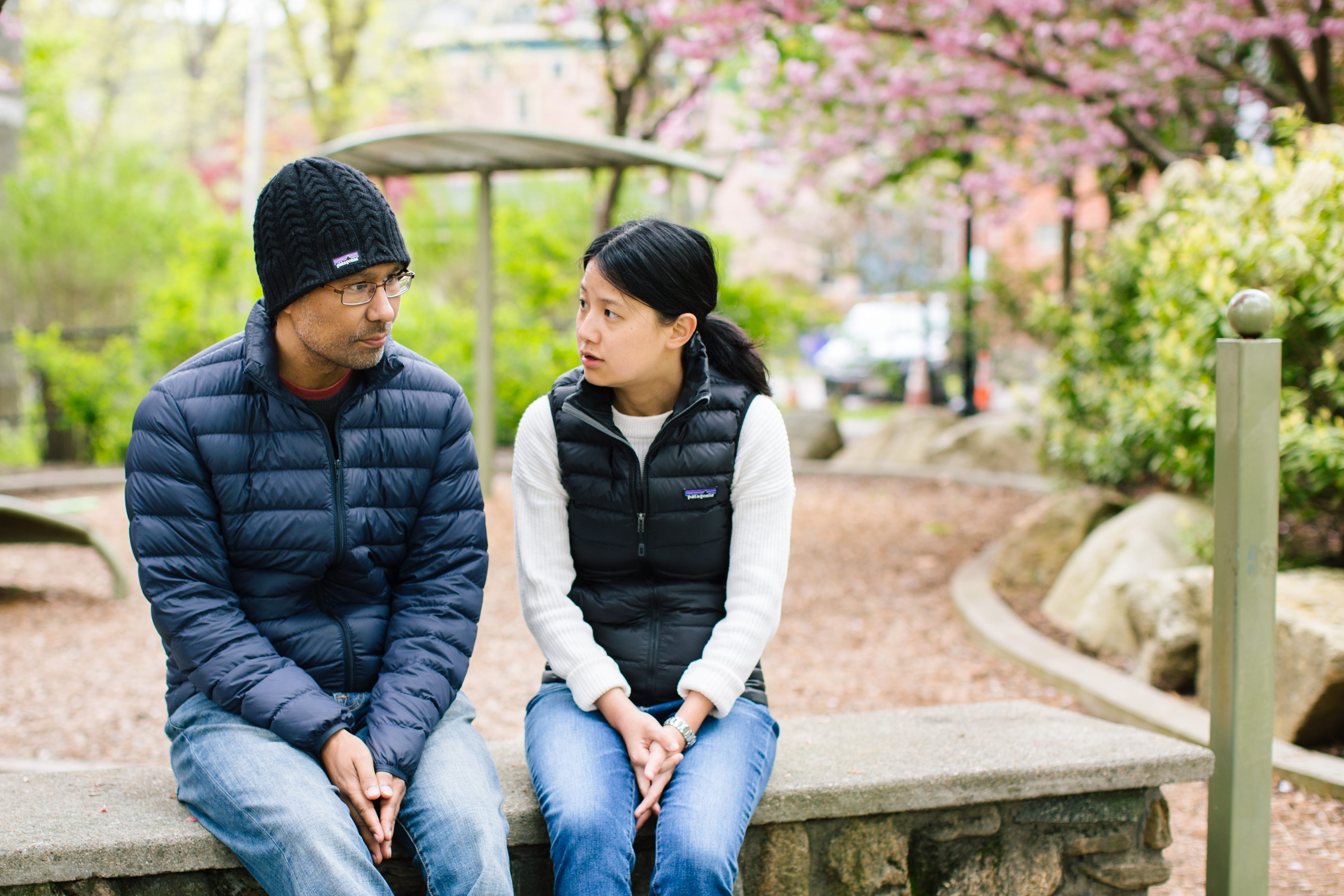 Matt and Yi, cancer-fighting family in the park