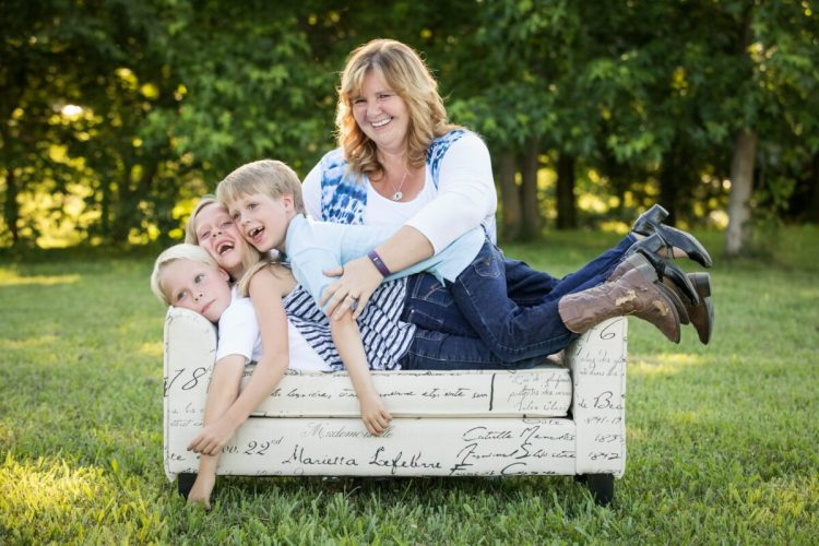 KY-Mom Shelly Sommers with Logan, Shelby-Jae, Xavier
